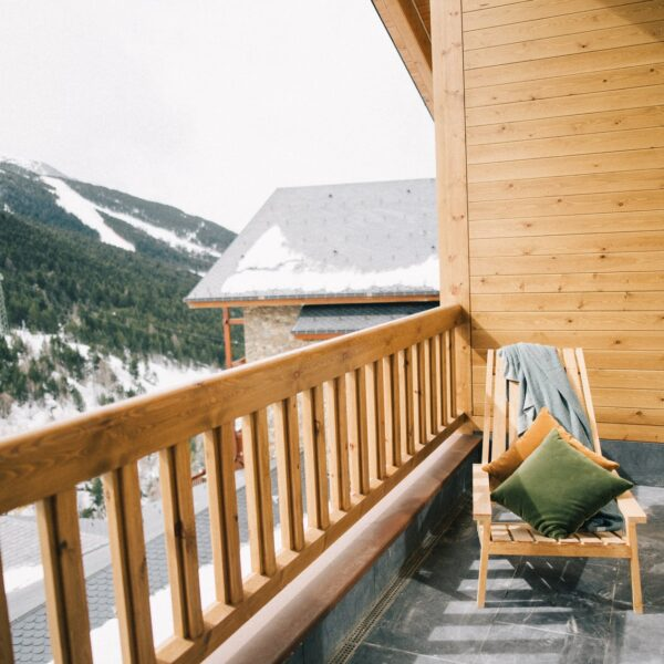 The-Perfect-Railing-for-Your-Deck